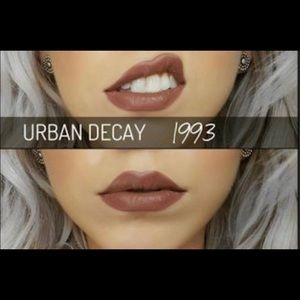 🎉NIB🎉 Urban Decay Vice Liquid Lipstick 1993